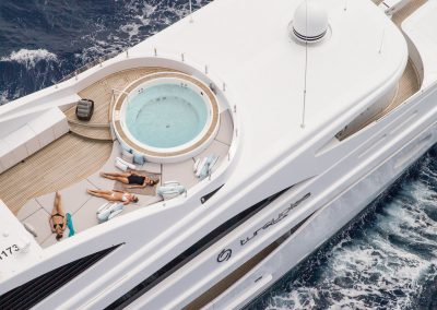 YACHT TURQUOISE